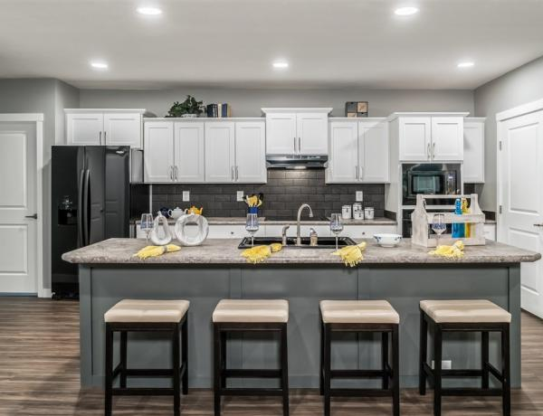 Manufactured housing kitchen with amenities